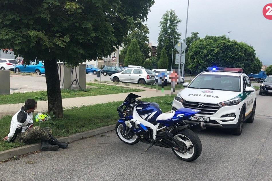 V OBRAZOCH: Motorkár bez vodičáku chcel vo Zvolene ujsť policajnej hliadke