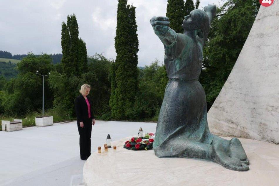 V OBRAZOCH: Veľvyslankyňa USA navštívila Horehronie a Gemer
