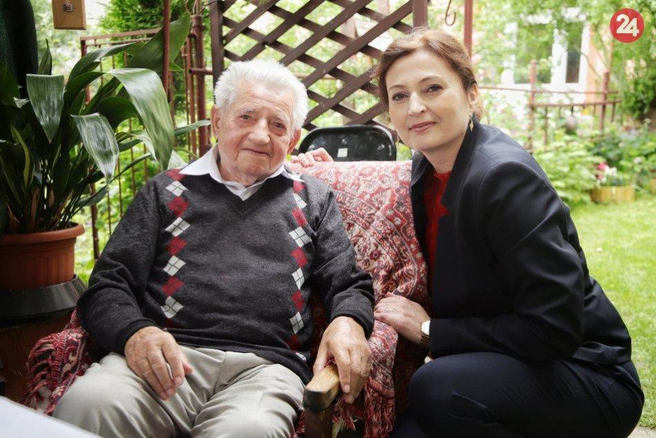 Obrazom: Ján Slávik je dôsledný čitateľ, oslávil krásnych 100 rokov