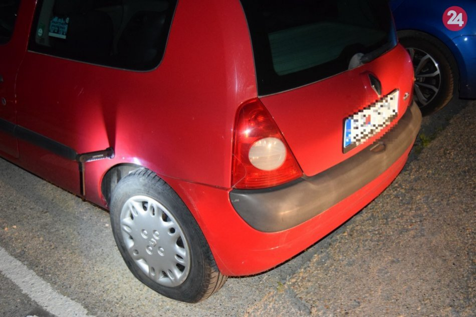 V OBRAZOCH: 4 majiteľom v Bystrici poškodili autá