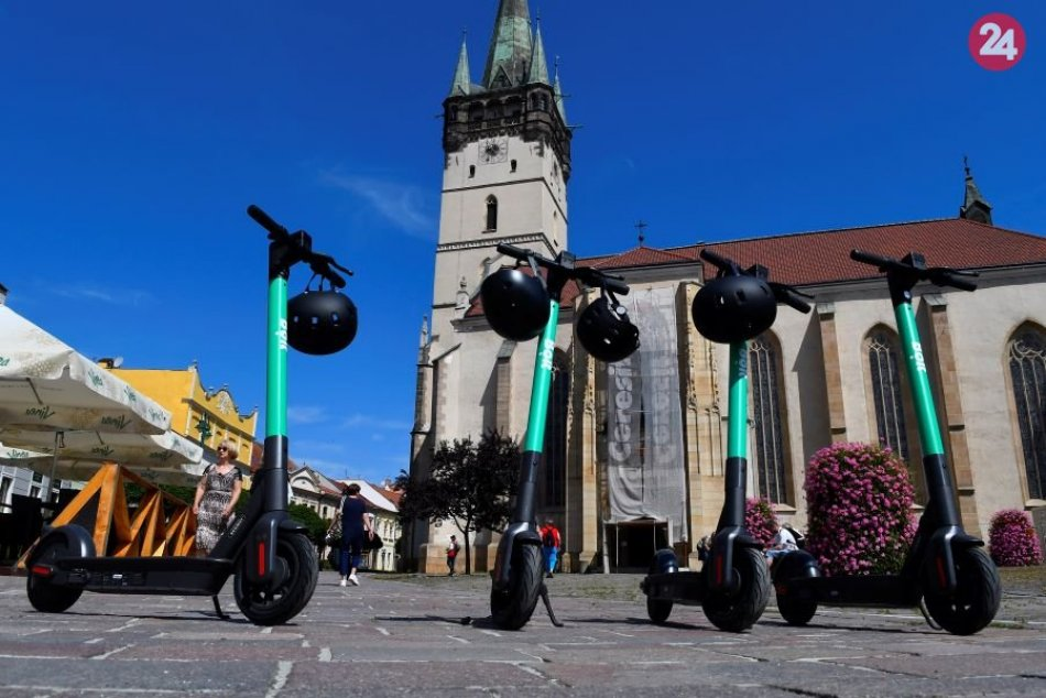 Novinka v uliciach Prešova: Elektrické zdieľané kolobežky