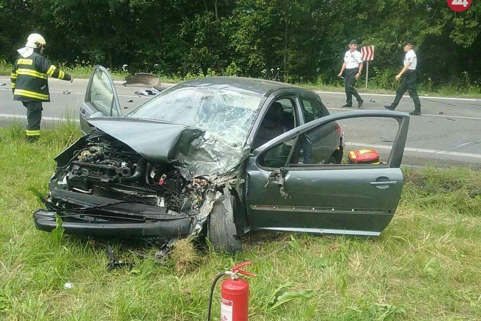 OBRAZOM: Zábery z nehody v katastri obce Nová Lehota v okrese Prievidza
