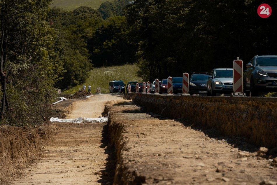 FOTO: Rekonštrukcia cesty medzi Novým Mestom nad Váhom a Myjavou