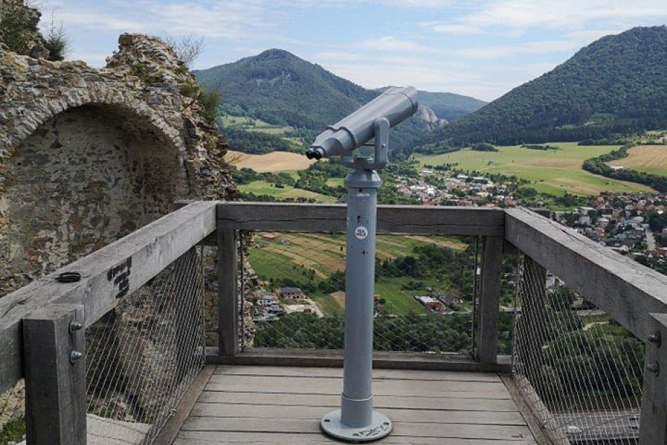OBRAZOM: Nový ďalekohľad na Považskom hrade