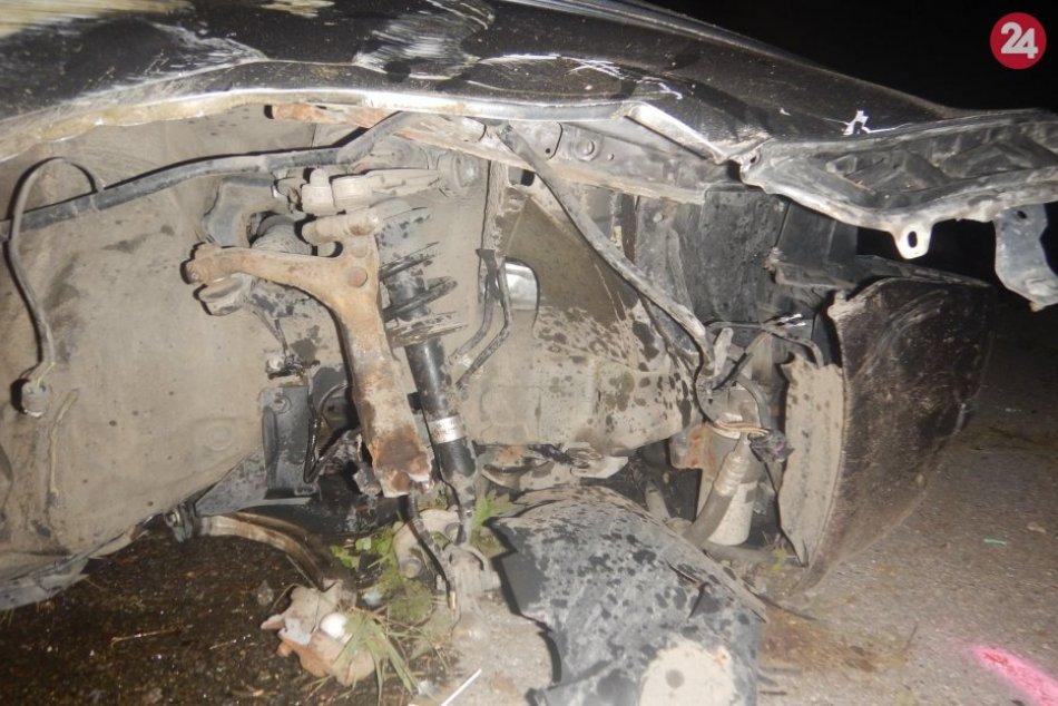 FOTO z nehody v Dolnej Marikovej: Spolujazdec zomrel (†18), vodič (20) nafúkal