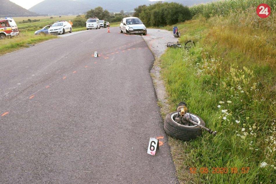 V OBRAZOCH: Pri nehode auta bol zranený cyklista