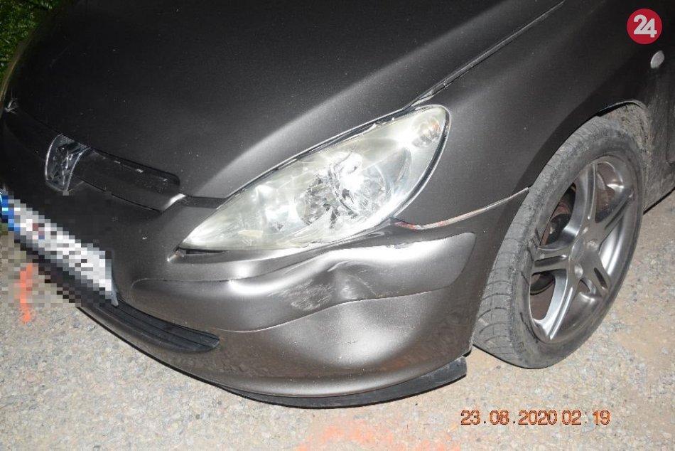 V OBRAZOCH: Mladík jazdil bez vodičáku a zrazil chodkyňu