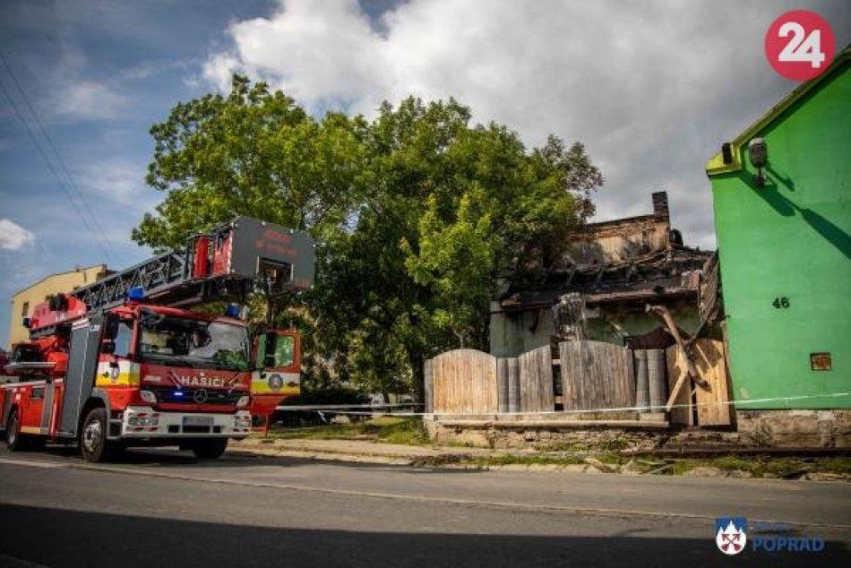 Ničivý požiar v Matejovciach obral o strechu nad hlavou desiatky ľudí!