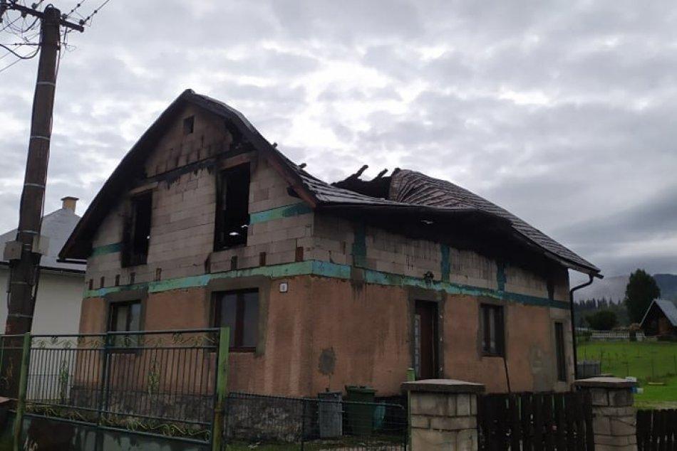 Blesk udrel do domu v okrese Brezno