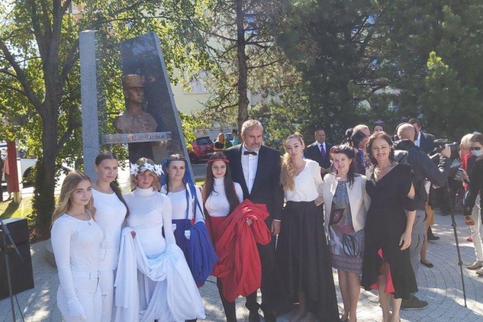 Odhalenie busty Milana Rastislava Štefánika v Poprade