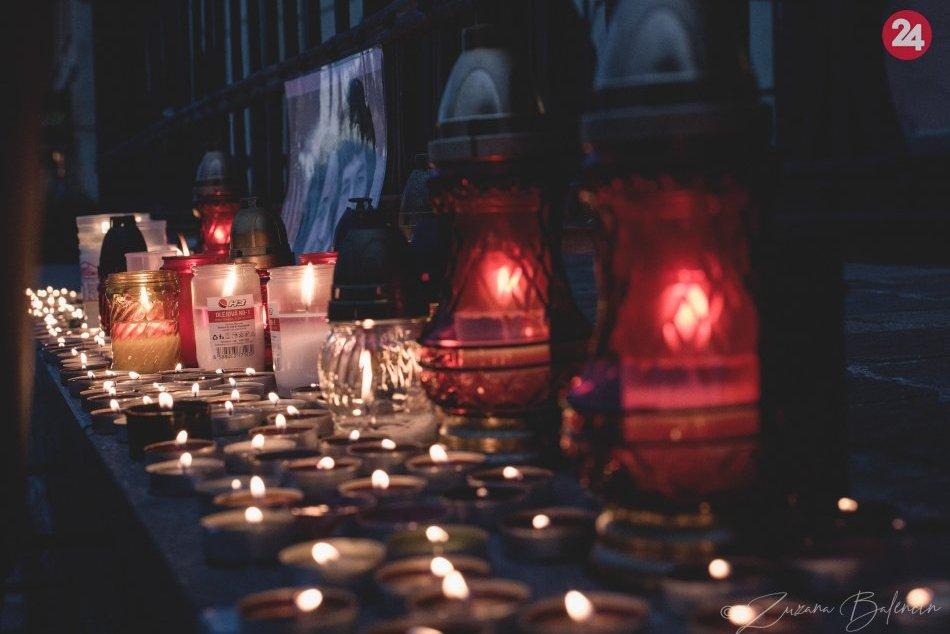 Obrazom: Sviečky pre Jána a Martinu v Prešove po šokujúcom rozsudku