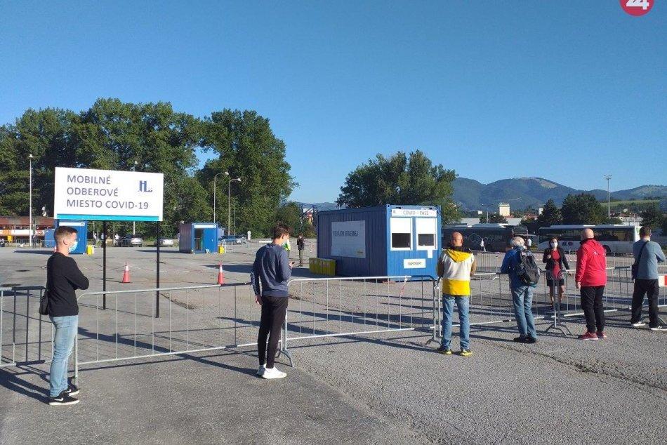 V OBRAZOCH: V Bystrici otvorili veľkokapacitné mobilné odberové miesto