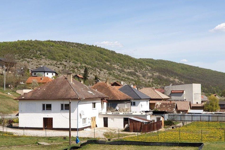 Pri Kečovských škrapoch a vyvieračke by malo pribudnúť turistické zázemie