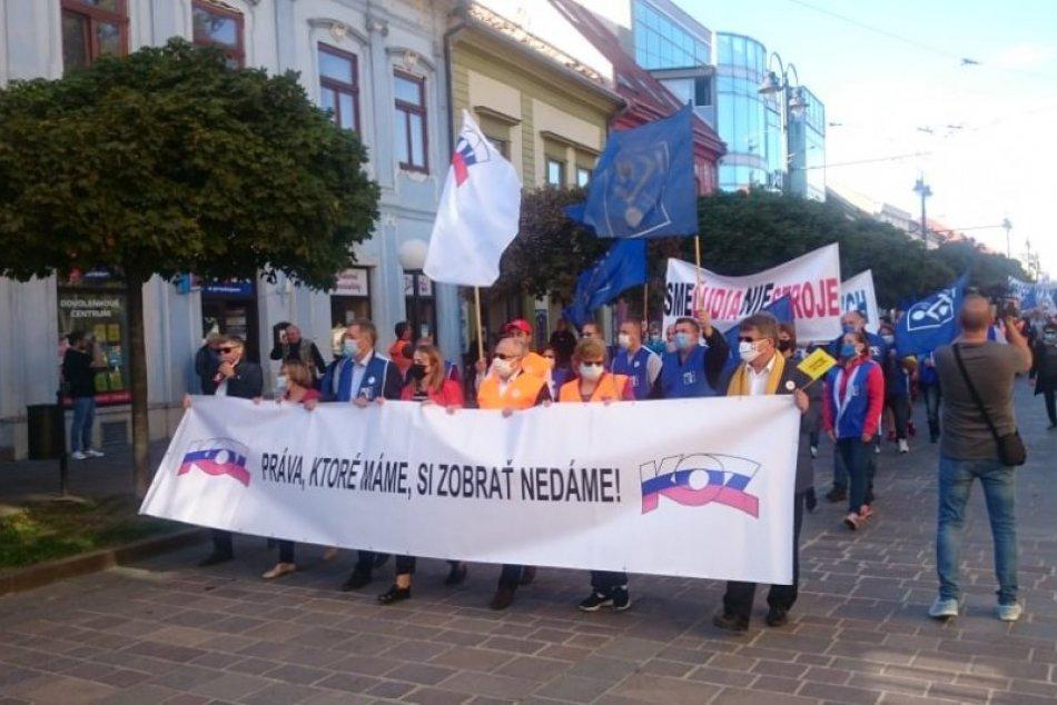 Obrazom: Protest odborárov v Prešove, nesúhlasia s krokmi vlády