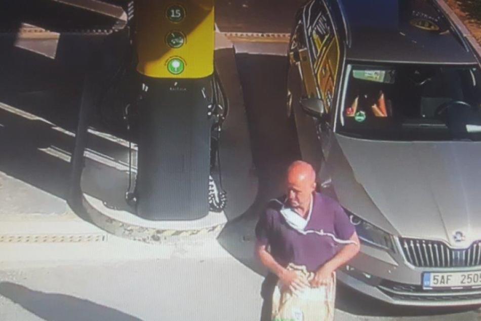 V OBRAZOCH: Muž pri Lučenci natankoval a odišiel bez zaplatenia
