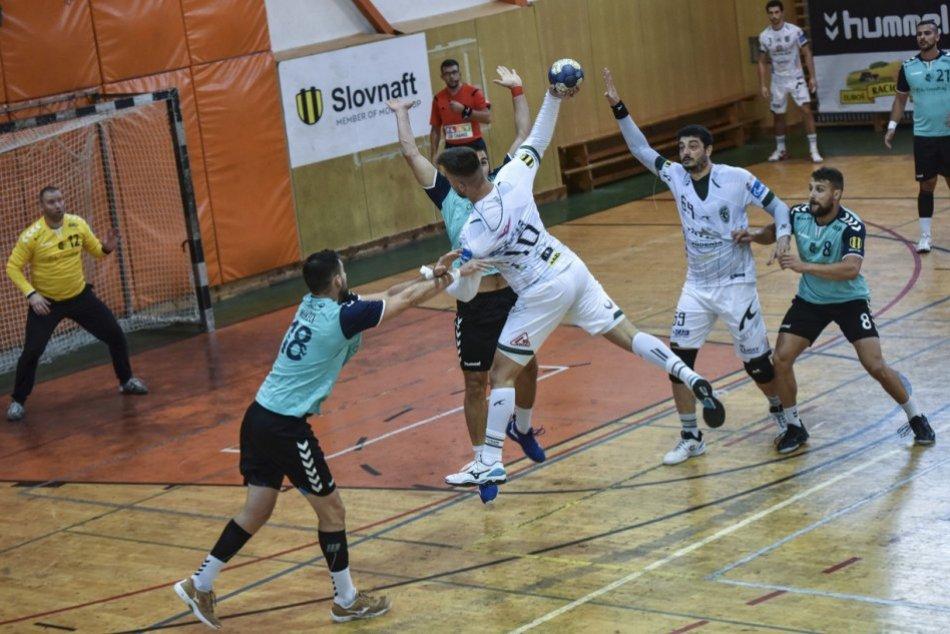 Obrazom: Tatran Prešov vyhral na bratislavskej palubovke o 12 gólov
