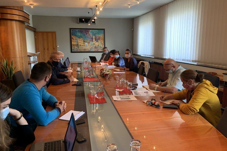 V OBRAZOCH: V Bystrici zasadal krízový štáb