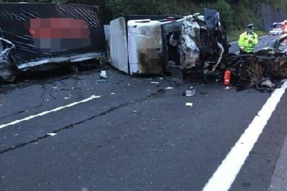 V OBRAZOCH: Pri tragickej nehode neďaleko Zvolena vyhasol život mladého vodiča