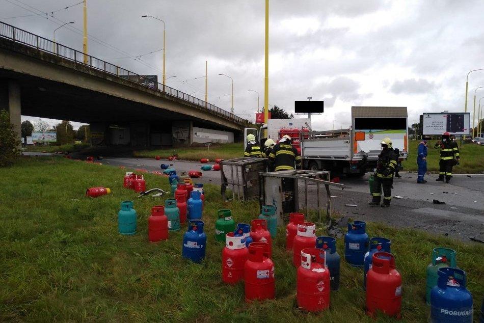 Obrazom: V Ľuboticiach došlo k dopravnej nehode dvoch áut