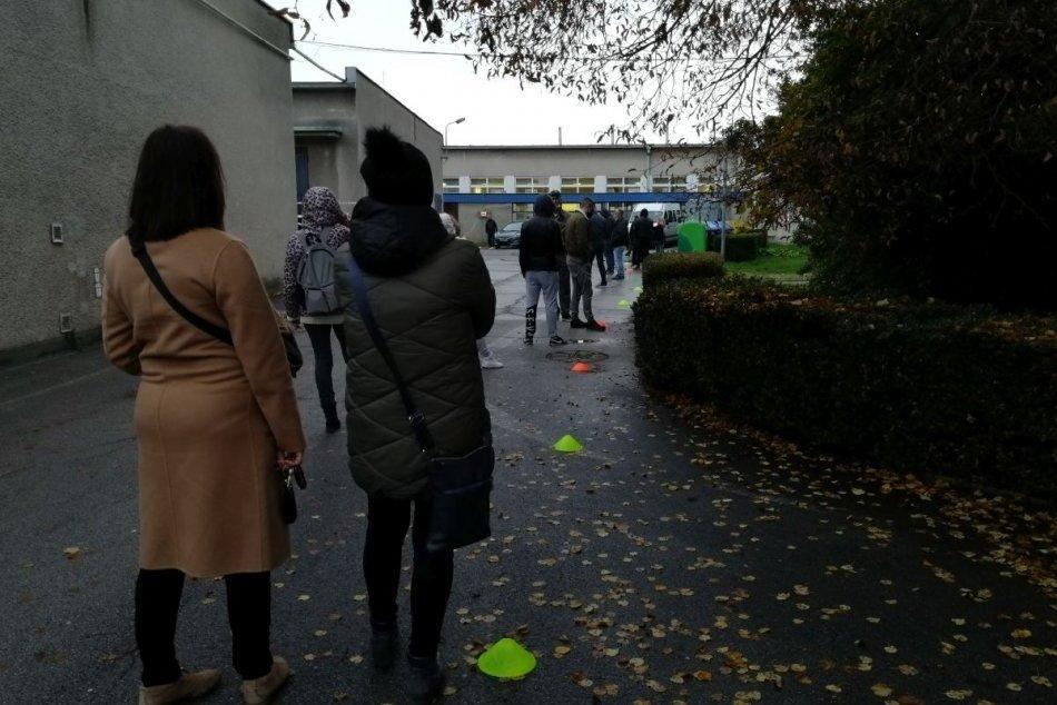 V OBRAZOCH: Plošné testovanie v Nitre