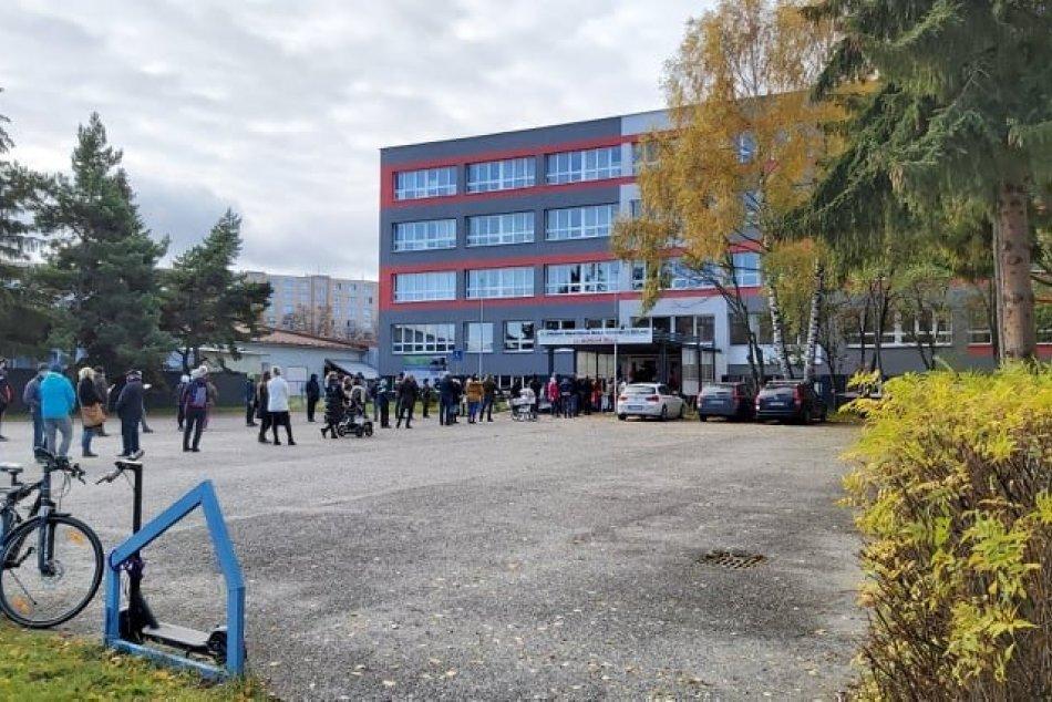 FOTO: Celoplošné testovanie v Poprade v plnom prúde