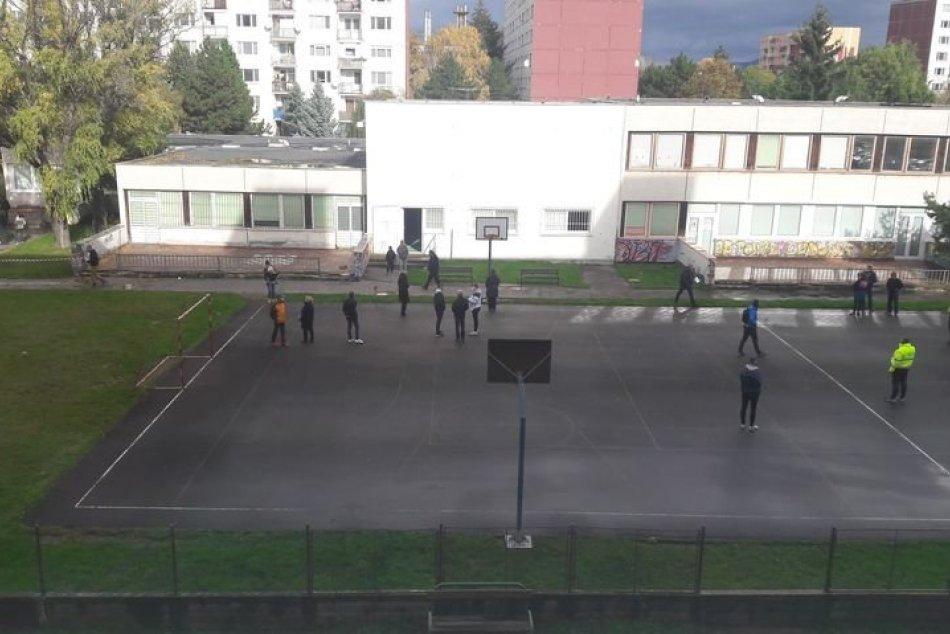 V OBRAZOCH: Plošné testovanie v Zlatých Moravciach