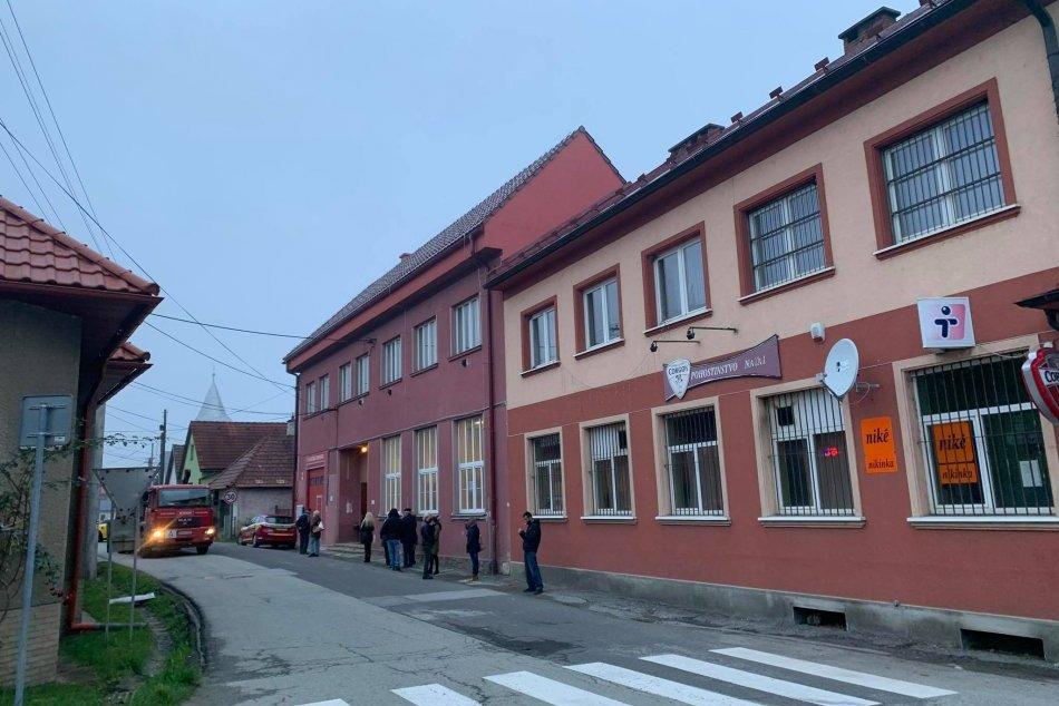 V OBRAZOCH: Testovanie pokračuje v Bystrici aj v nedeľu