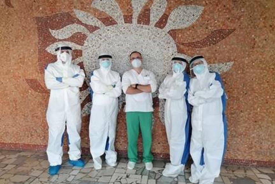 Obrazom: Rožňavská nemocnica otestovala takmer 1800 ľudí