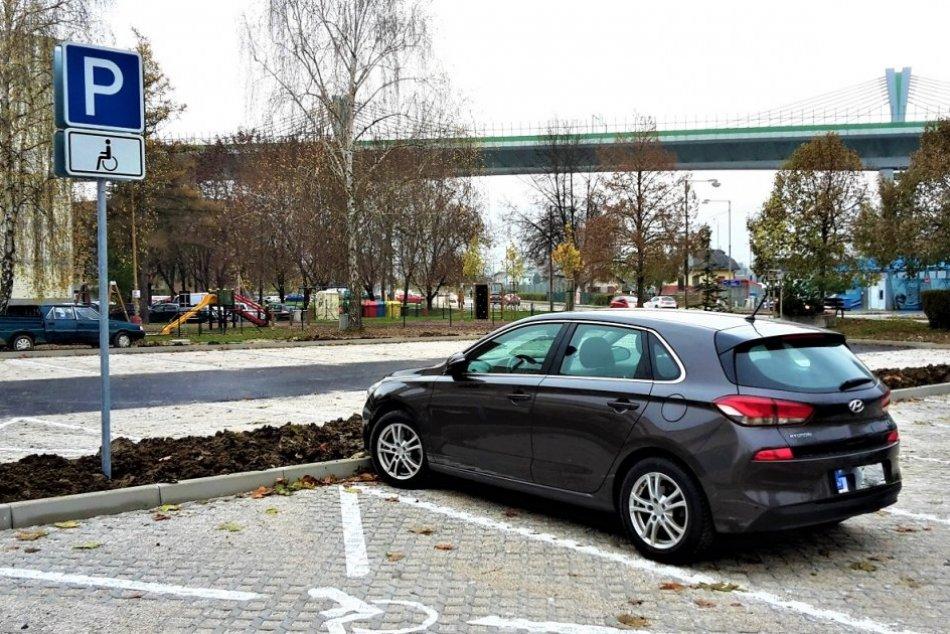 OBRAZOM: Dopravné zmeny na považskobystrickom sídlisku Stred