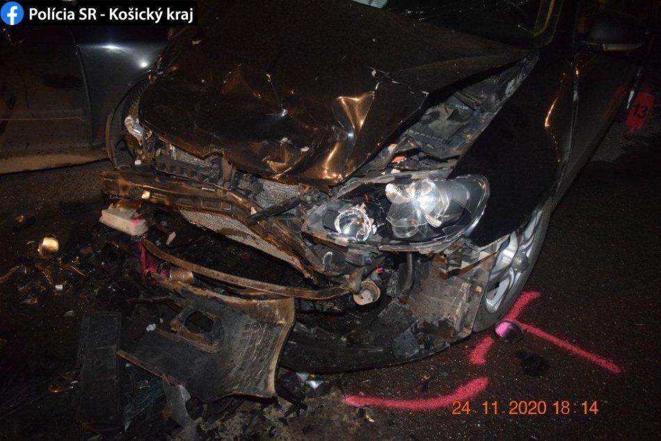 Z áut zostala len kopa šrotu: Nehoda v Spišskej v OBRAZOCH