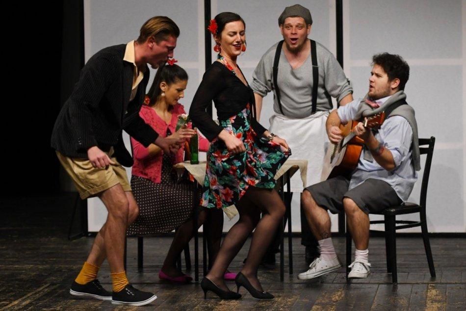 Obrazom: Skúška pred premiérou komédie v Divadle Alexandra Duchnoviča