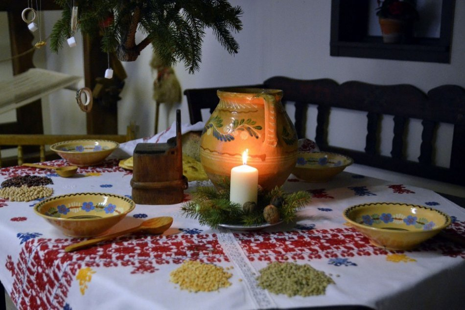 OBRAZOM: Takto vyzeralo vianočné stolovanie v minulosti