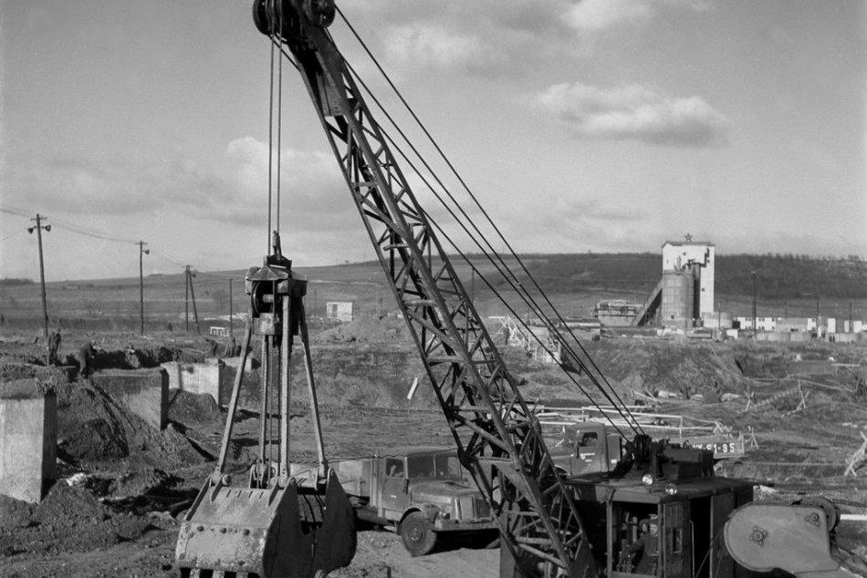 Výstavba košických železiarní
