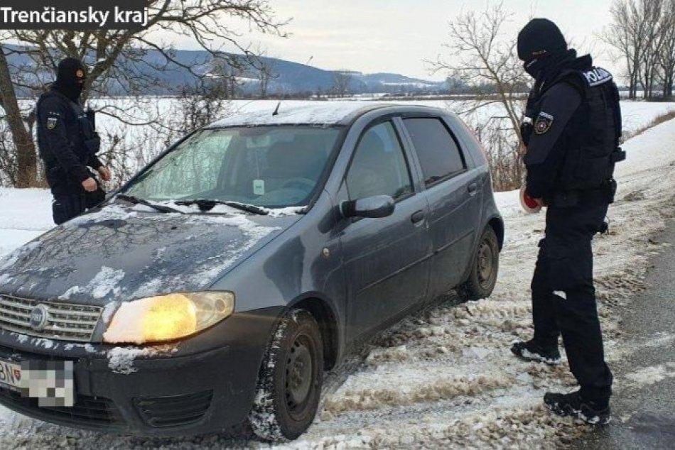 OBRAZOM: Policajné kontroly na území Trenčianskeho kraja
