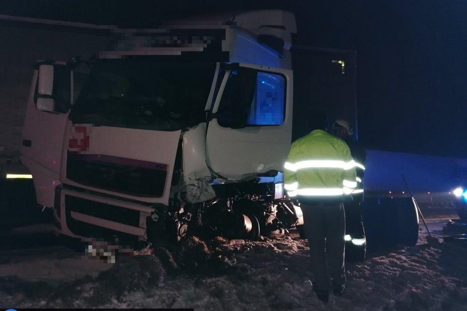 Tragická zrážka s kamiónom: Mladý vodič zraneniam na mieste podľahol