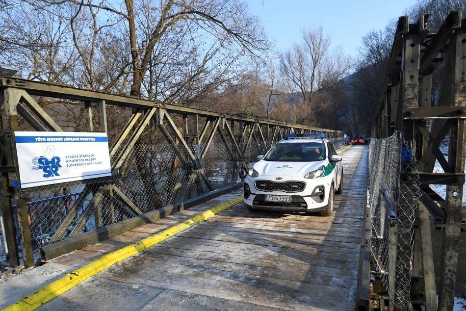 Provizórny most medzi Kysakom a Veľkou Lodinou