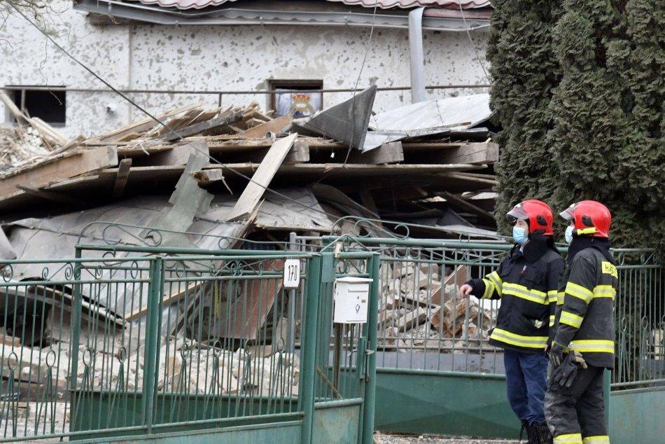 Dom bol po výbuchu v okrese Michalovce zničený