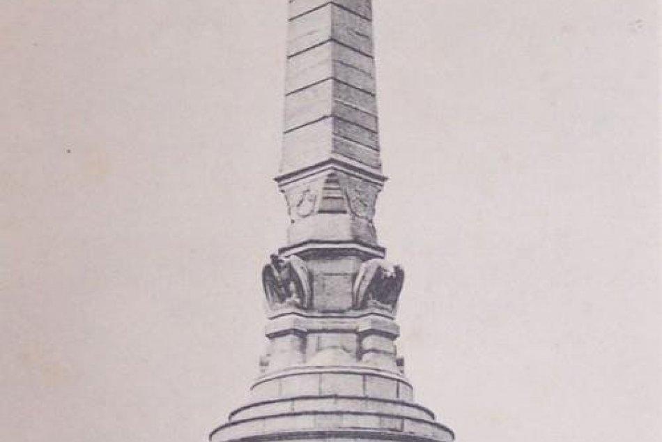 Miléniový pamätník na Pyramíde