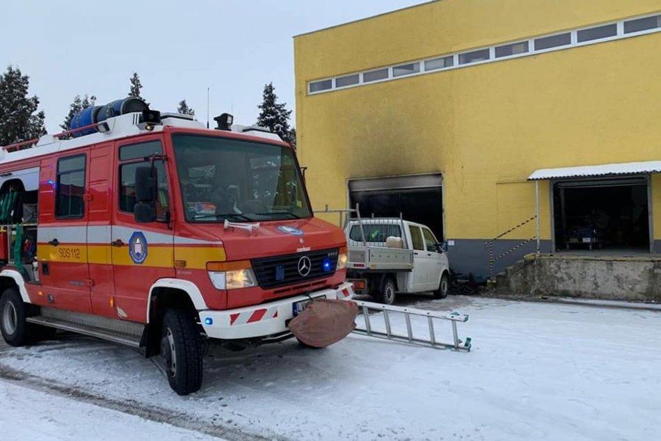 Požiar kancelárskych a skladových priestorov na Čermáni