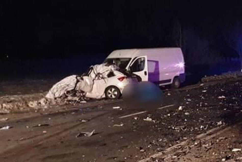 FOTO: Dopravná nehoda za Prešovom v smere do Kapušian si vyžiadala obeť