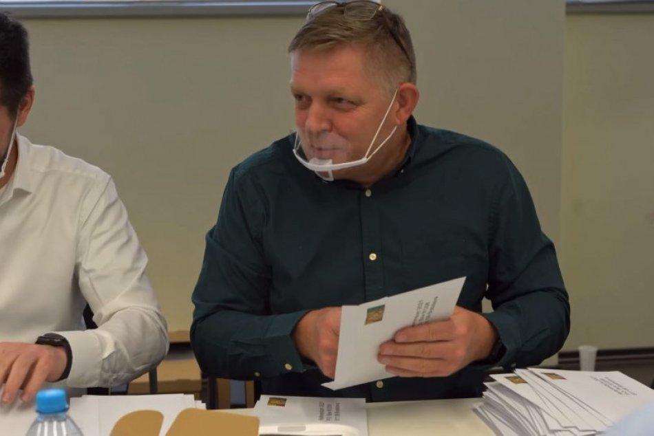 Fico a spol. lepia obálky spolu so známkami