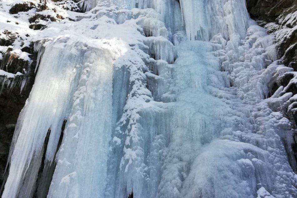 V OBRAZOCH:  Čaro ľadopádov Mačinová nad Detvou