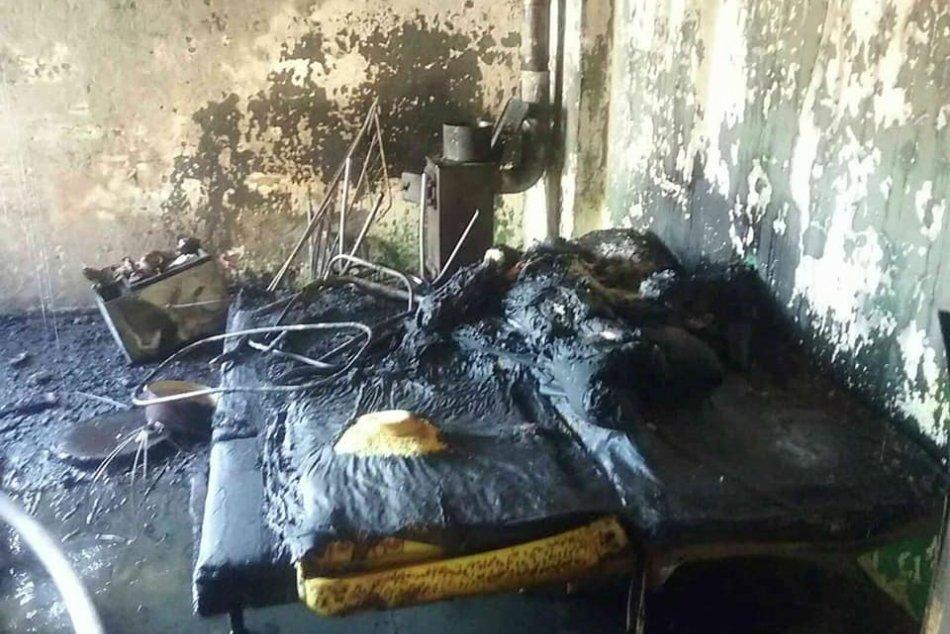 V OBRAZOCH: Dôsledky ničivého požiaru rodinného domu v Hrochoti