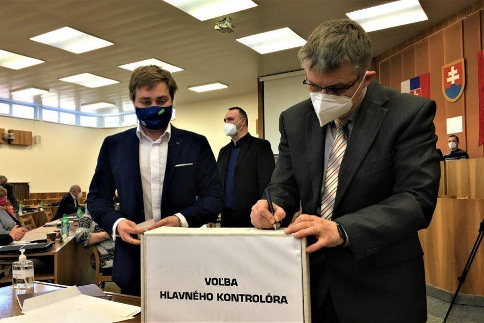 OBRAZOM: Voľba hlavného kontrolóra v Považskej Bystrici