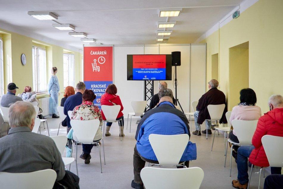 V OBRAZOCH: V Bystrici otvorili veľkokapacitné očkovacie centrum