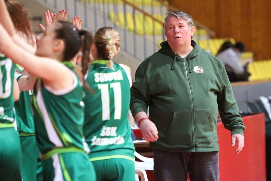 2. zápas štvrťfinále žien v basketbale ŠKP 08 Banská Bystrica - SBK Šamorín