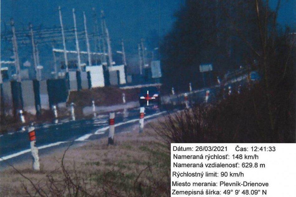 FOTO: Vodiči pri Plevníku – Drienovom výrazne viac dupli na plynový pedál