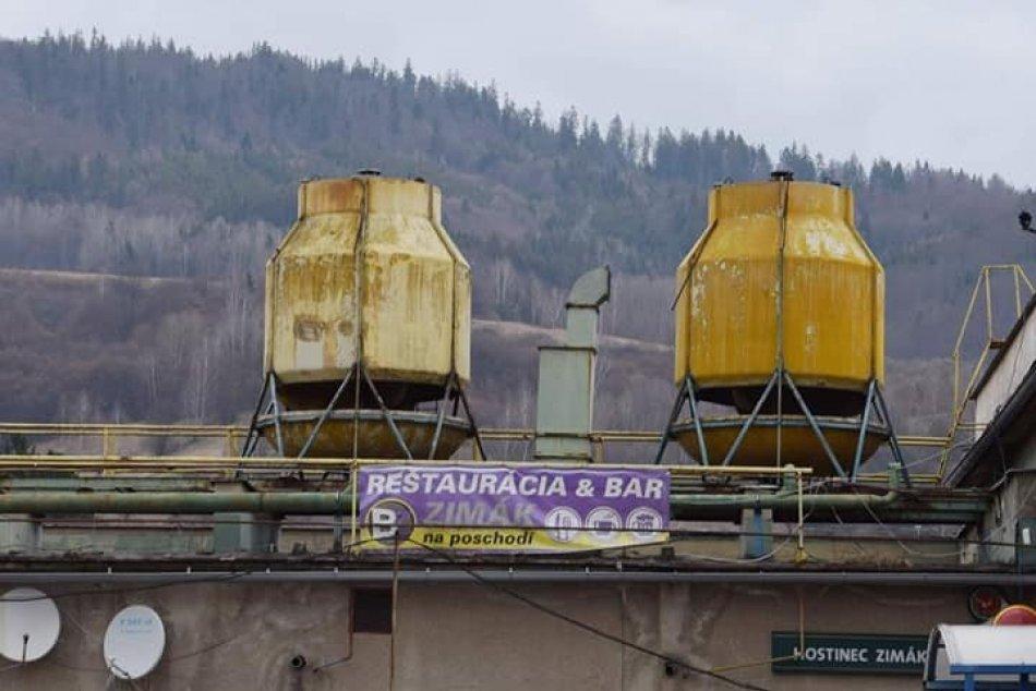 V OBRAZOCH: Rekonštrukcia systému chladenia breznianskeho zimného štadióna