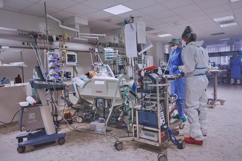 V OBRAZOCH: Špecializované pracovisko ECMO-ARO v bystrickej nemocnici