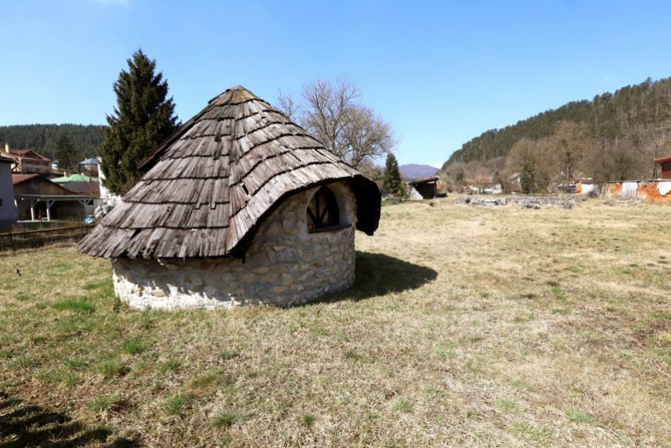 V OBRAZOCH: Archeologický park Kláštorisko v Slovenskej Ľupči
